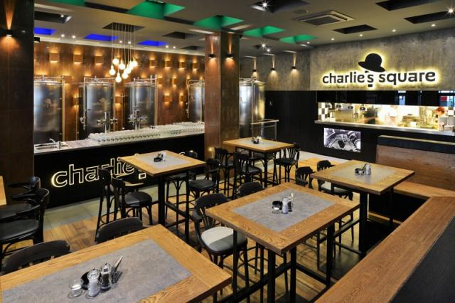 CHARLIE'S SQUARE 3